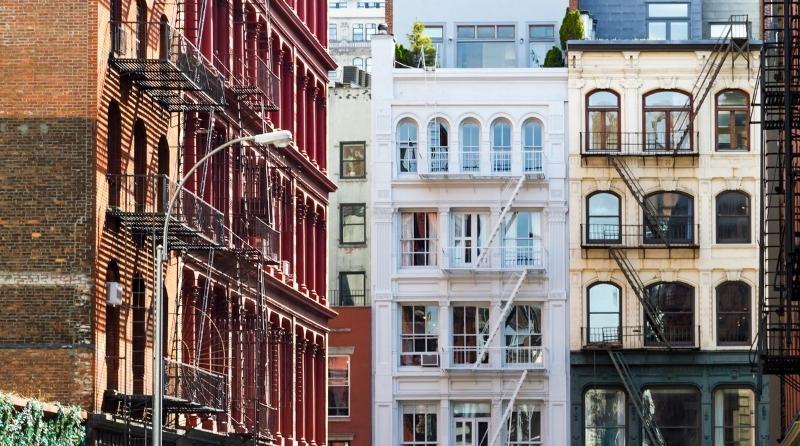 Se observan varias fachadas del Barrio de SoHo en Nueva York