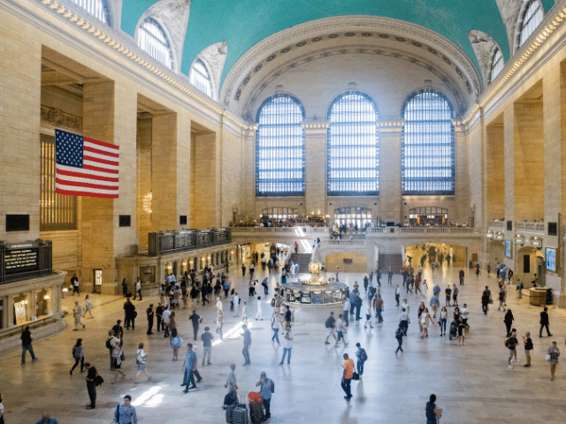 Se observa el interior del Grand Central Terminal en Nueva York