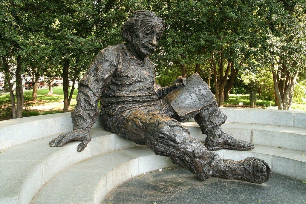 Monumento a Albert Einstein