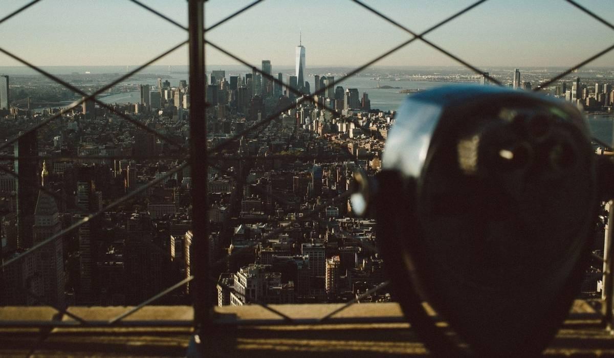 Se observa desde un mirador de Nueva York el Skyline de toda la Ciudad